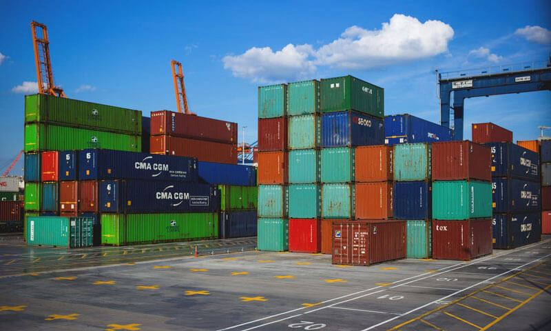 Why You Should Make Your International Move with Sea Freight Shipment
